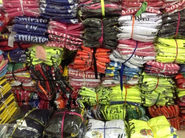 quần áo bóng đá giá sỉ