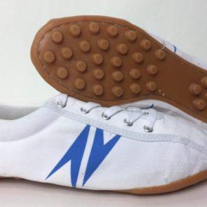 Giày Vải Đế Đinh AV